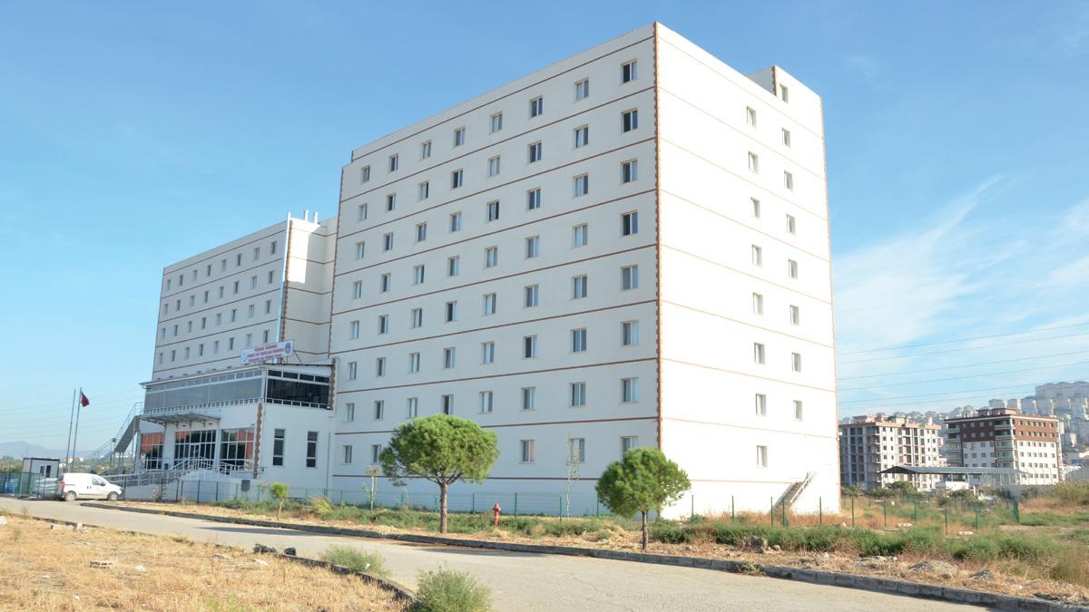 İzmir Katip Çelebi Üniversitesi Çiğli Kampüsü Öğrenci Yurdu - İZMİR